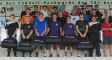 1st and 2nd team of the TSV receive sports bags