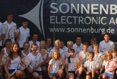 SONNENBURG sponsers new tennis windscreens